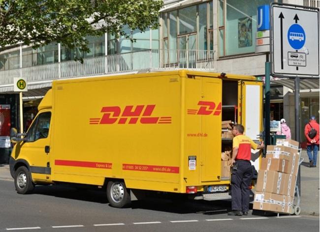 Giá cước gửi đồ qua bưu điện bao nhiêu 1kg?